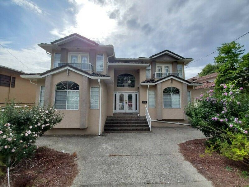 2485 North Road Burnaby Bc V3j 1r4 5 Bedroom House For Rent For 3 395 Month Zumper