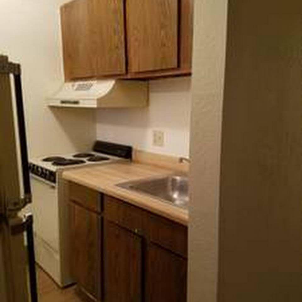Apartments Phoenix Az First Month Free: E McDowell Rd & N 40th St, Phoenix, AZ 85008 1 Bedroom