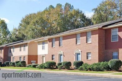 Aspen Village Apartments for Rent - 2201 48th St E ...