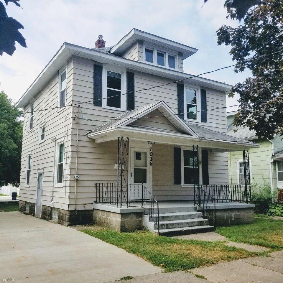 1036 Watson St Sw, Grand Rapids, MI 49504 4 Bedroom House