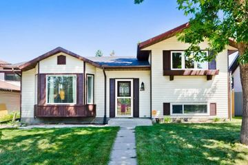 Admirable 46 Silverado Range Heights Sw Calgary Ab T2X 0B5 5 Bedroom Download Free Architecture Designs Scobabritishbridgeorg