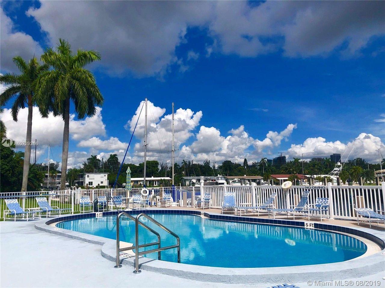 1475 Se 15th St Fort Lauderdale Fl 33316 2 Bedroom