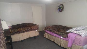 Pleasant 450 Dallas Rd Victoria Bc V8V 1B1 3 Bedroom Apartment For Download Free Architecture Designs Scobabritishbridgeorg