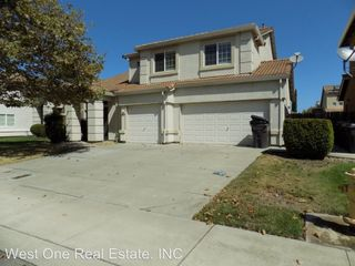 1055 Foxfire Dr Manteca Ca 95337 5 Bedroom House For Rent