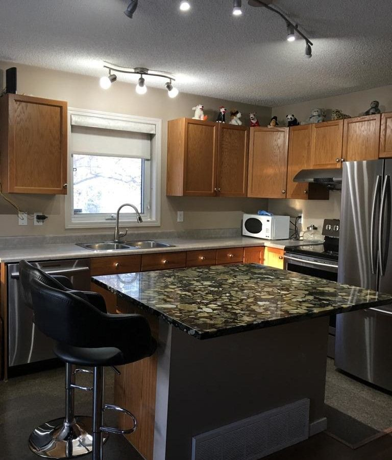 3 Bedroom Apartment For Rent Queen Street West: 32 #4350 23 St, Edmonton, AB T6T None 3 Bedroom Apartment