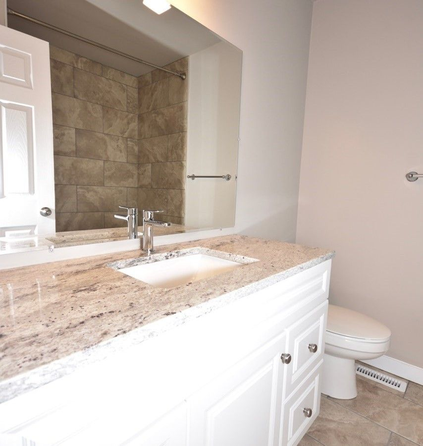 1722 Albert Street Apartments: 15019 88a Street Northwest, Edmonton, AB T5E 5T8 3 Bedroom