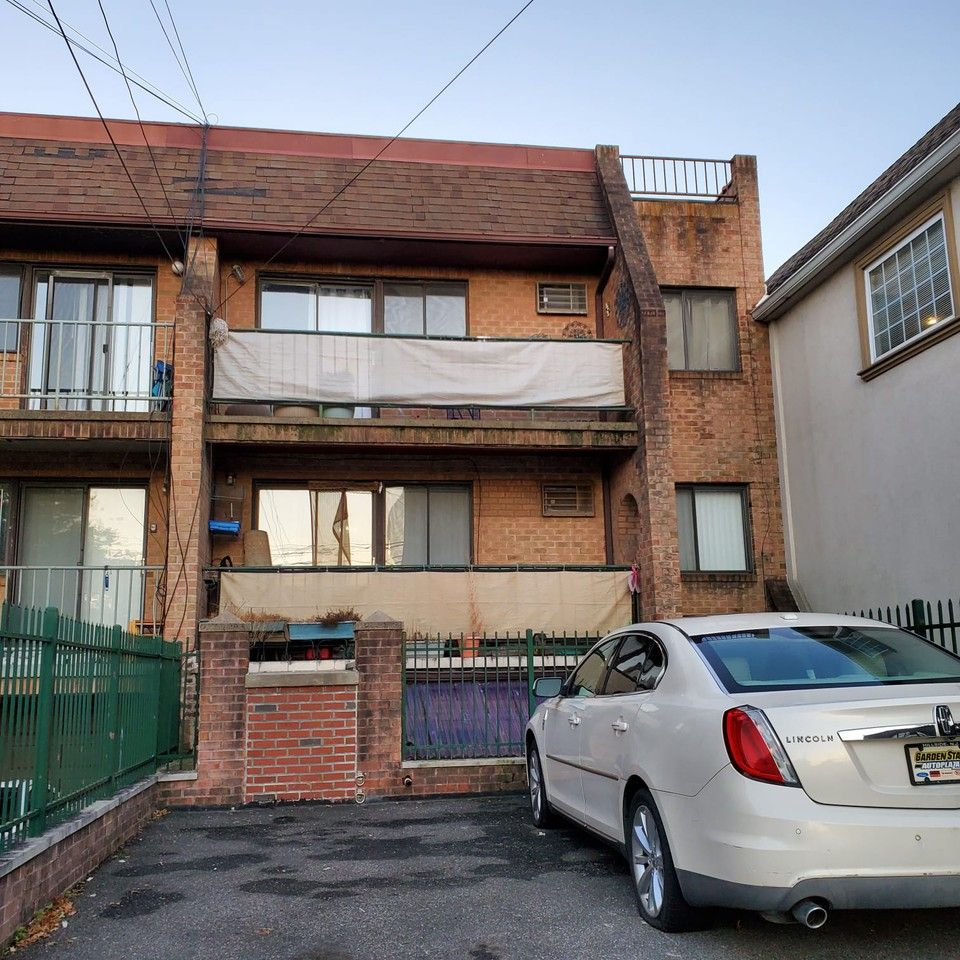 Cheap Apartments For Rent Queens: 38 33 Woodside Avenue, New York, NY 11377 1 Bedroom