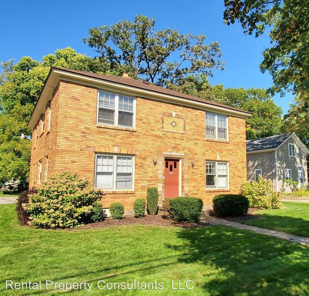425 Lyon St. NE Apartments For Rent