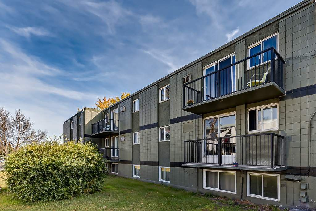 Crescent View Manor Apartments For Rent