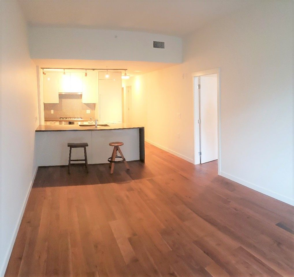 Cheap Apartments For Rent Vancouver Wa: 4171 Cambie Street, Vancouver, BC V5Z 2Y2 2 Bedroom