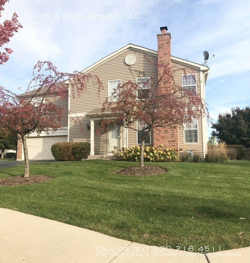 Apartments Near Me No Deposit: 1221 Bradley Cir, Elgin, IL 60120 3 Bedroom House For Rent