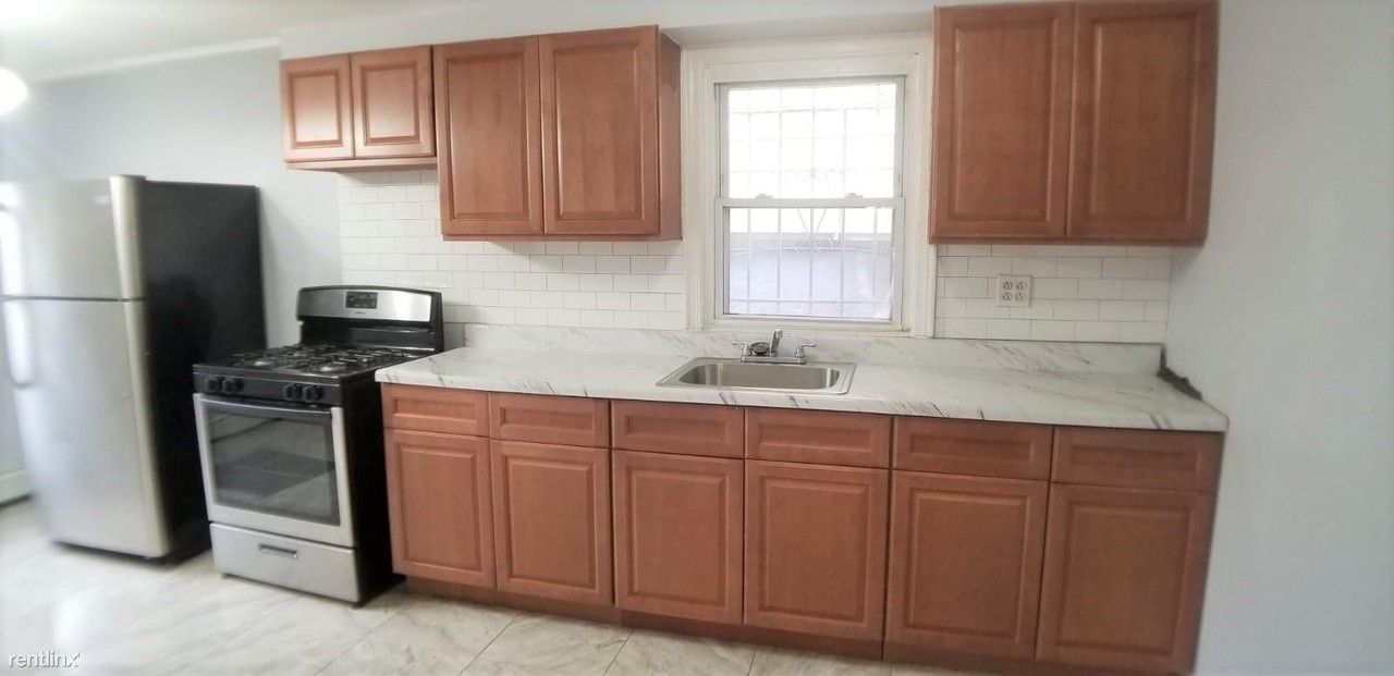 70 Warner Ave Apartments for Rent in Greenville, Jersey ...