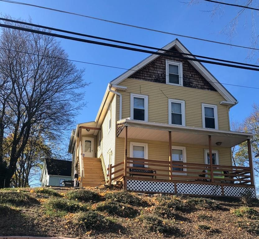 50 Parker #2, Clinton, MA 01510 3 Bedroom Apartment For
