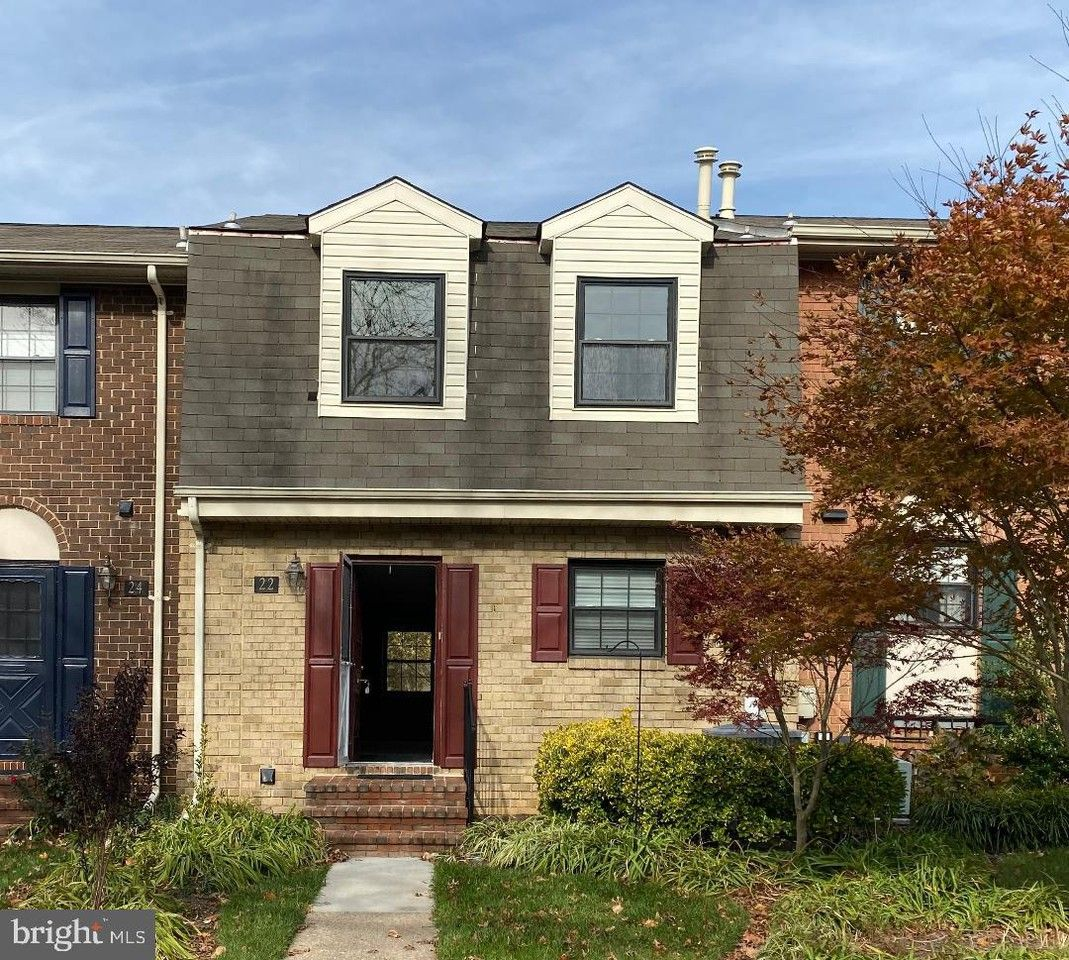 Apartments Near Me No Deposit: 22 Bardeen Court, Towson, MD 21204 3 Bedroom House For