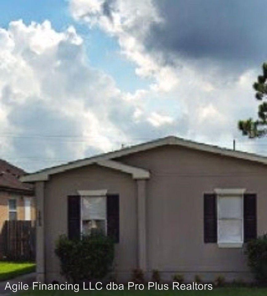 11814 Kingslake Forest Dr, Houston, TX 77044 3 Bedroom