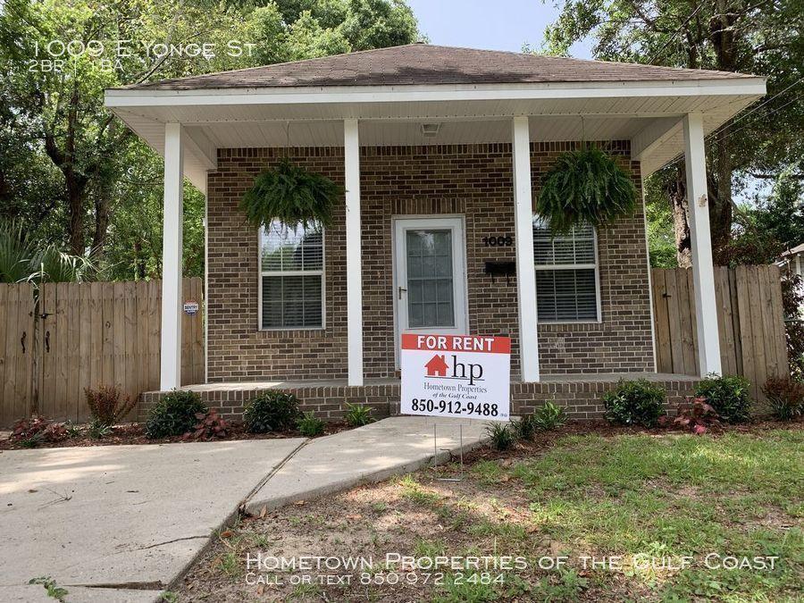 1009 E Yonge St Pensacola Fl 32503 2 Bedroom House For