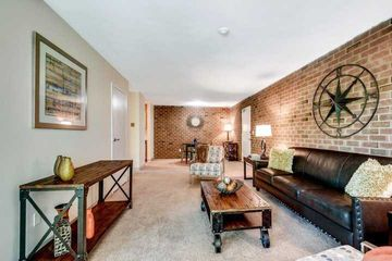 220 Quincy Ave #9, Quincy, MA 02169 1 Bedroom Apartment for Rent for  $1,475/month - Zumper