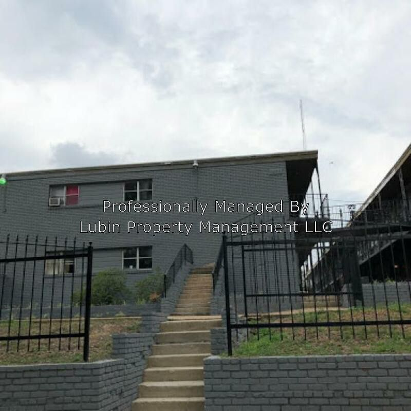 Apartments In Memphis Tn Near Poplar Ave: 1433 Court Ave #2, Memphis, TN 38104 2 Bedroom House For