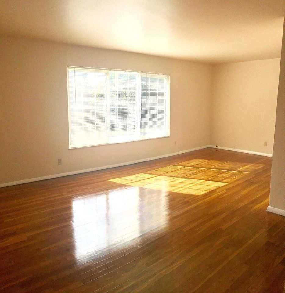 7155 East 21st Street #4, Indianapolis, IN 46219 2 Bedroom