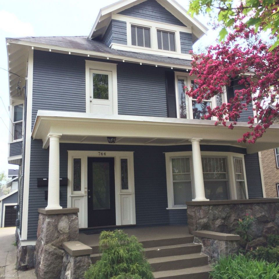 744 Fountain St NE Apartments For Rent