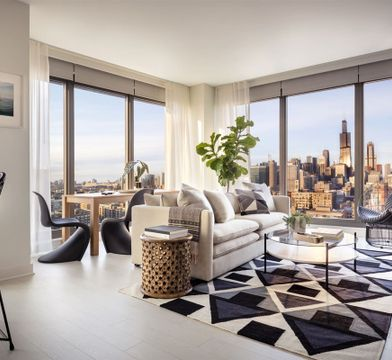 Landmark West Loop Apartments For Rent 1035 W Van Buren