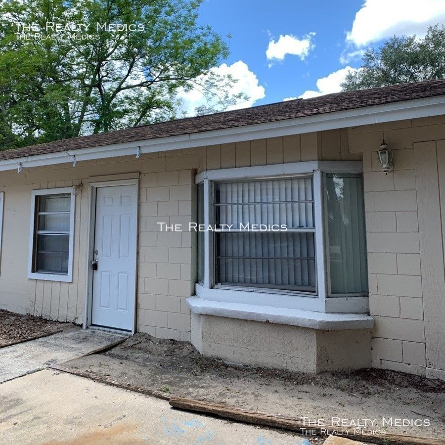 3670 Aristotle Ave., Orlando, FL 32826 3 Bedroom House For