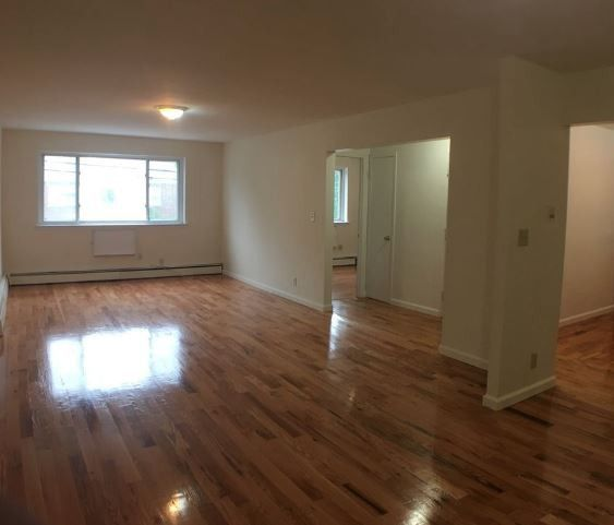 EAST TREMONT, New York, NY 10465 3 Bedroom Apartment For