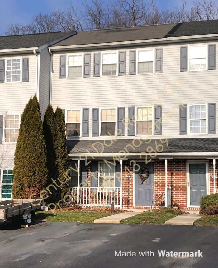 2260 North Point Drive, York, PA 17406 2 Bedroom Condo For