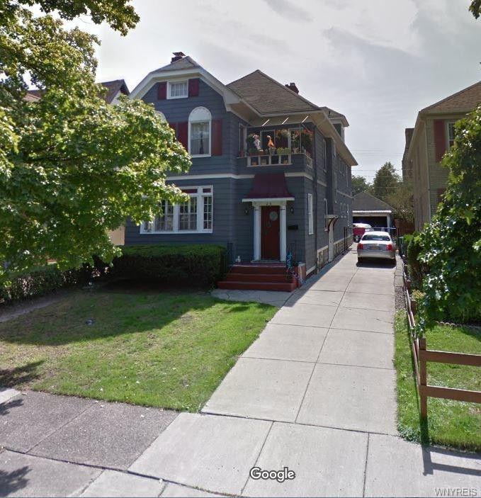 25 Delham Ave. #Upper, Buffalo, NY 14216 3 Bedroom