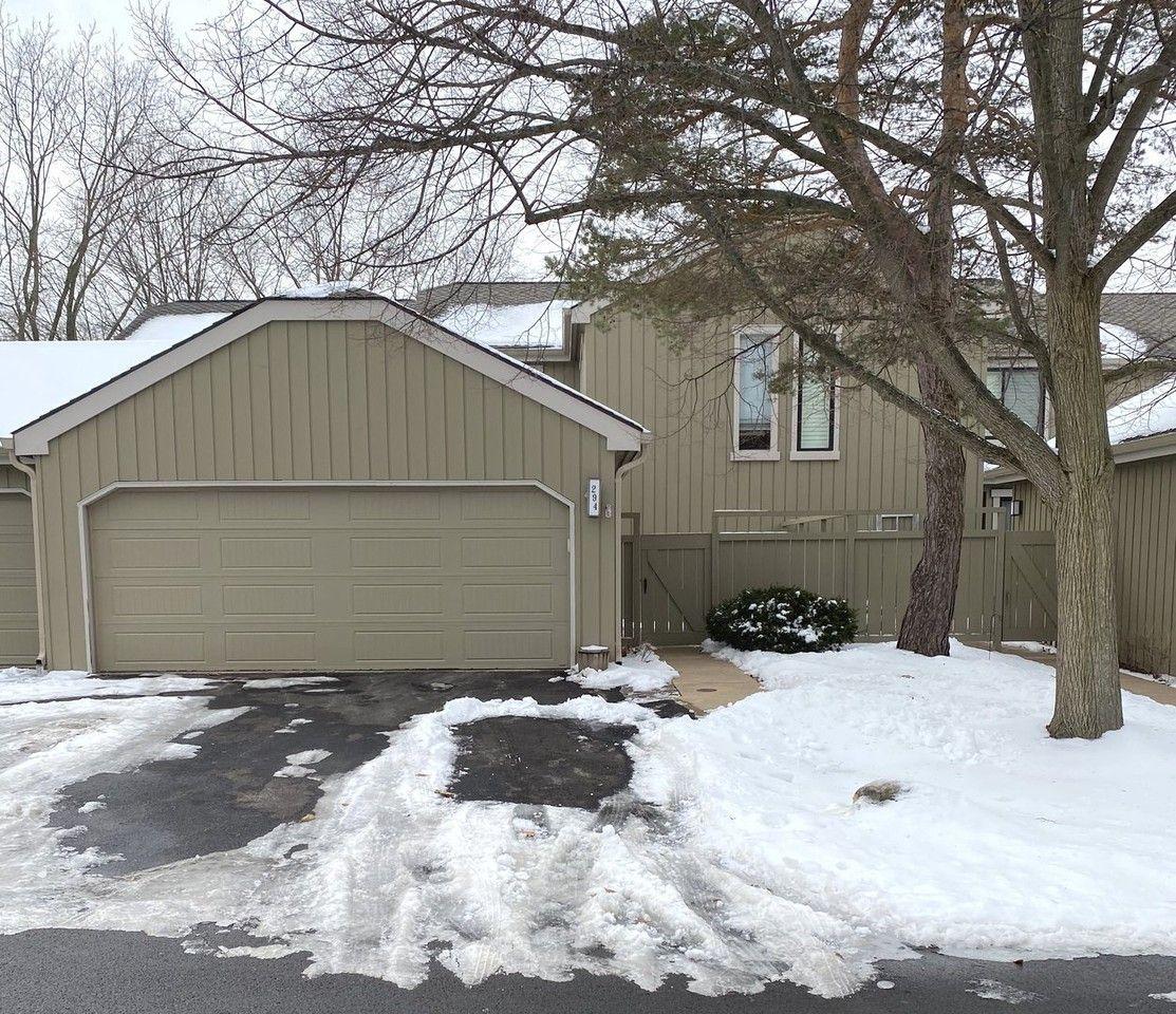 294 Hickory Lane, Lake Barrington, IL 60010 3 Bedroom