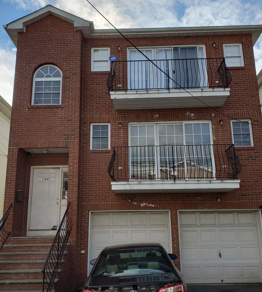 45 Crawford St #2ndFL, Newark, NJ 07102 3 Bedroom