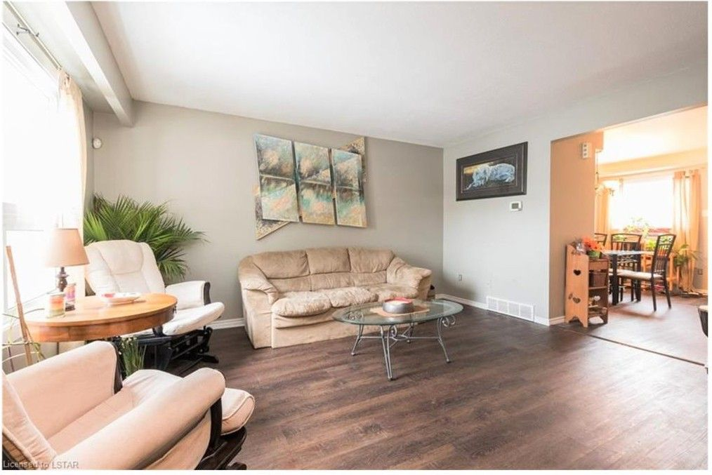 40 Tiffany Drive, London, ON N5V 3N3 3 Bedroom Apartment ...