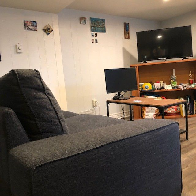 Apartments For Rent In Greektown Chicago: Carlaw Ave & Mortimer Ave #Basement, Toronto, ON M4K 1Z5