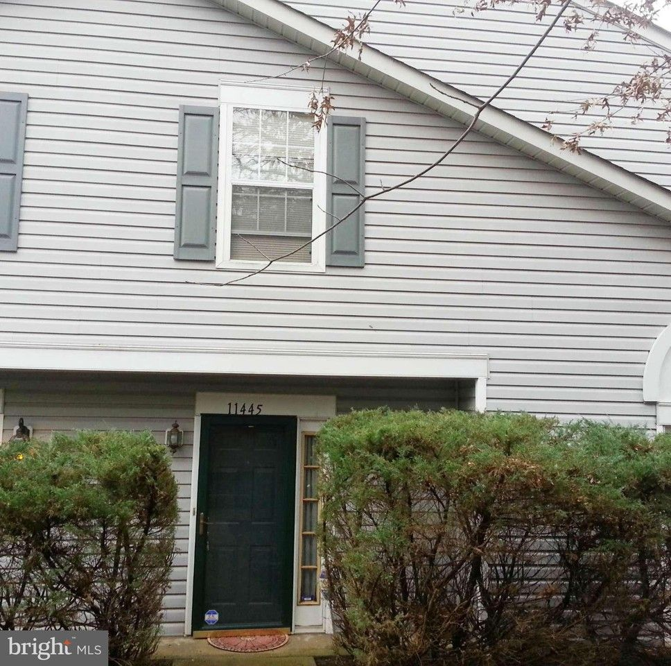 11445 Deepwood Dr #182C, Mitchellville, MD 20720 2 Bedroom