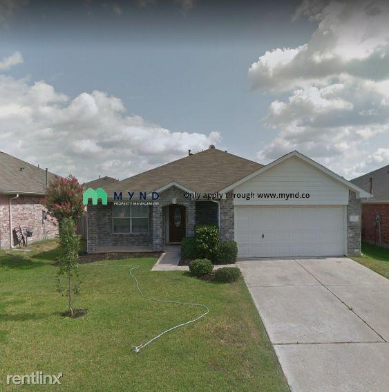 32022 Ashton Ln, Pinehurst, TX 77362 3 Bedroom House For