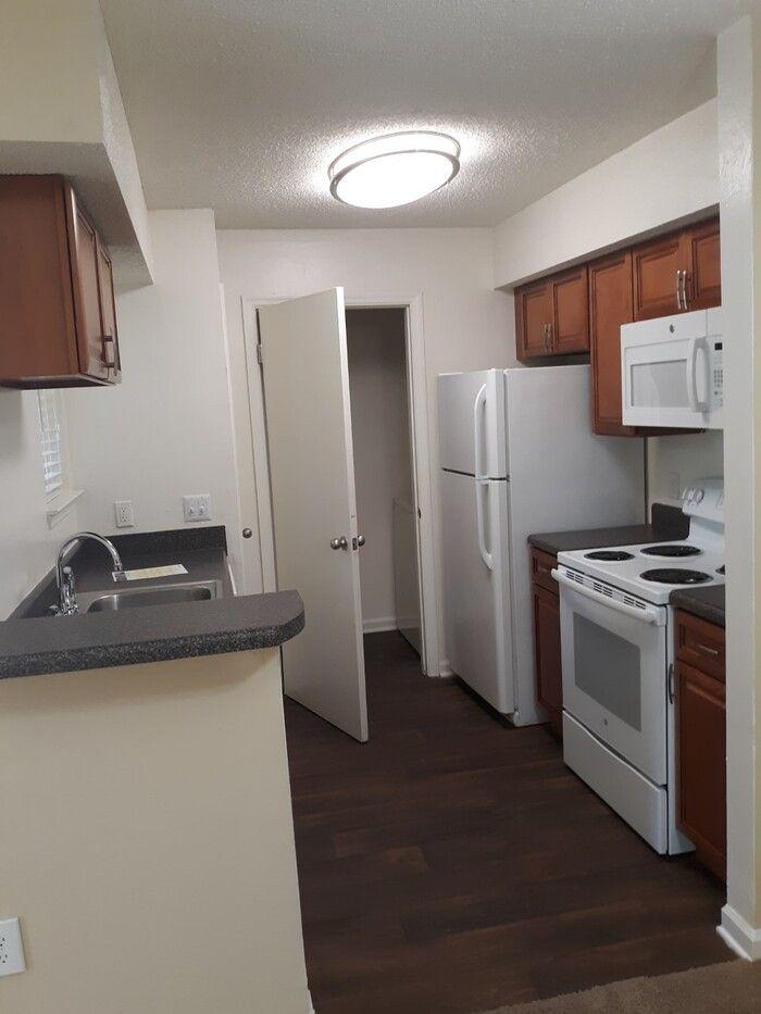 9507 willow ridge rd charlotte nc 28210  1 bedroom