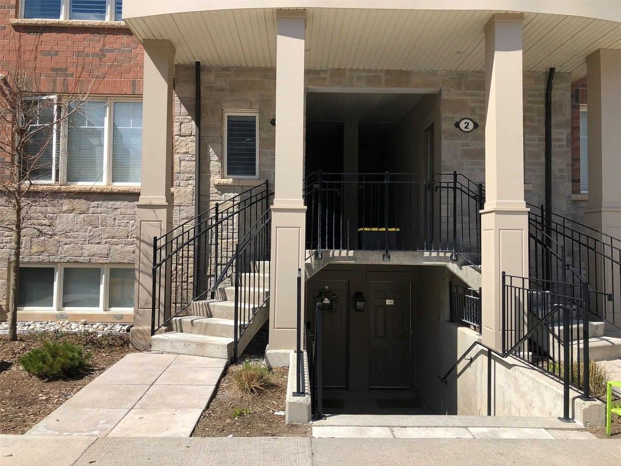 2420 Baronwood Drive 1 04 Oakville On L6m 0x6 2 Bedroom Condo For Rent For 2 300 Month Zumper