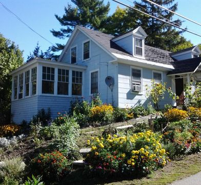 33 Bay Rd Newmarket Nh 03857 3 Bedroom House For Rent For 1 200 Month Zumper