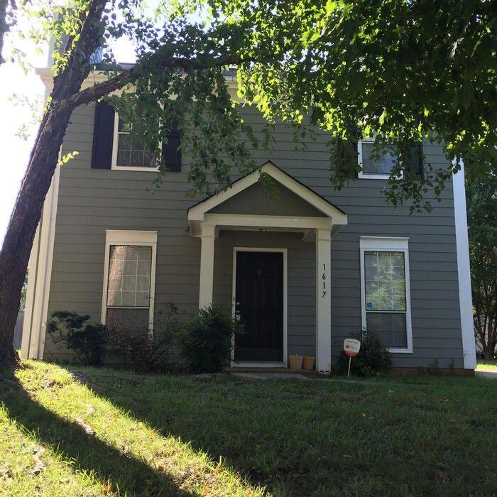 1617 Pamela Lorraine Drive, Charlotte, NC 28213 3 Bedroom