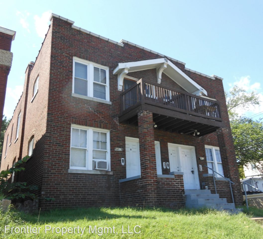 St Louis Apartments For Rent Near Washington University: 3815-17 Compton Ave Apartments For Rent
