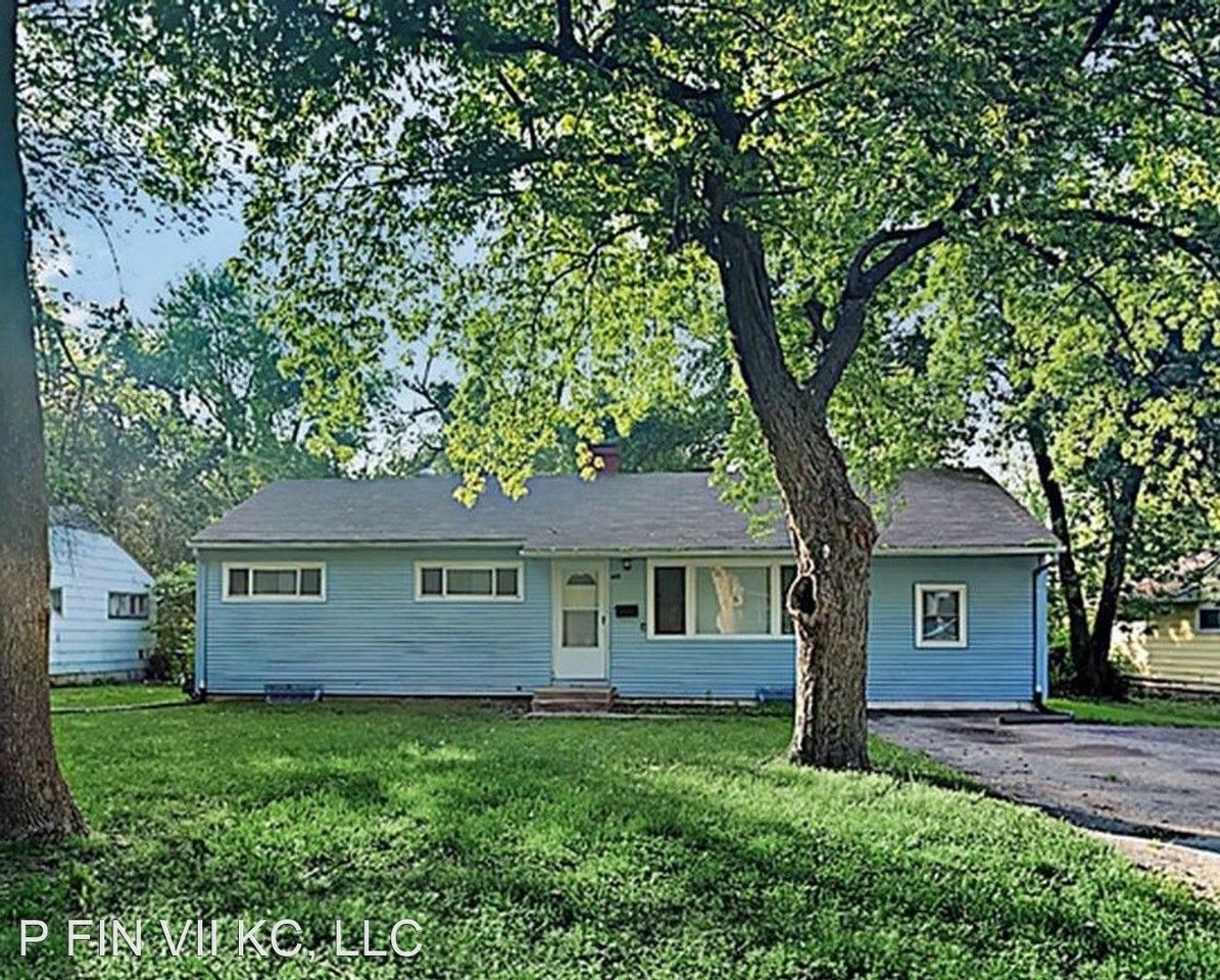 7208 E 108th St, Kansas City, MO 64134 4 Bedroom House for ...