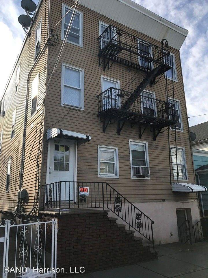 317 Warren St Apartments for Rent in Harrison, NJ 07029 ...