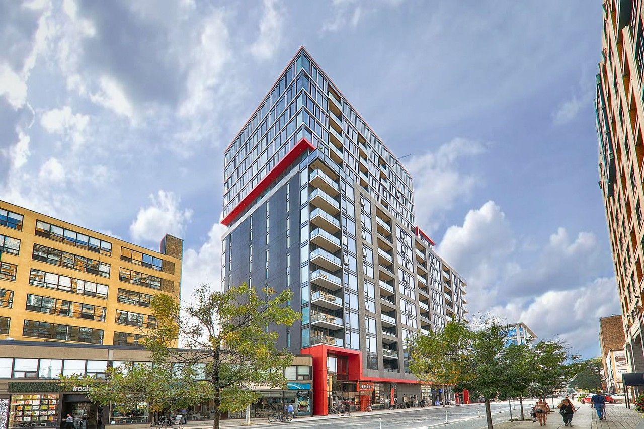 Spadina Ave & Richmond St W #302, Toronto, ON M5V 1X9 1 ...