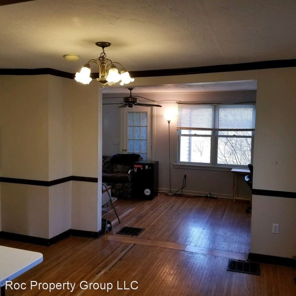 192 Bronx Dr, Rochester, NY 14623 3 Bedroom House For Rent