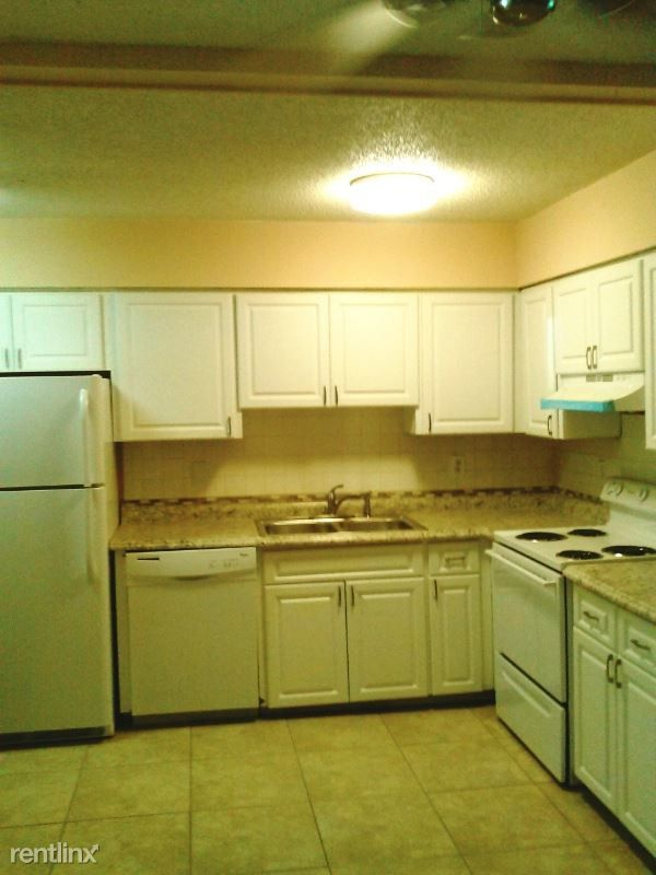 1711 Shadow Ln, Englewood, FL 34224 2 Bedroom Apartment ...