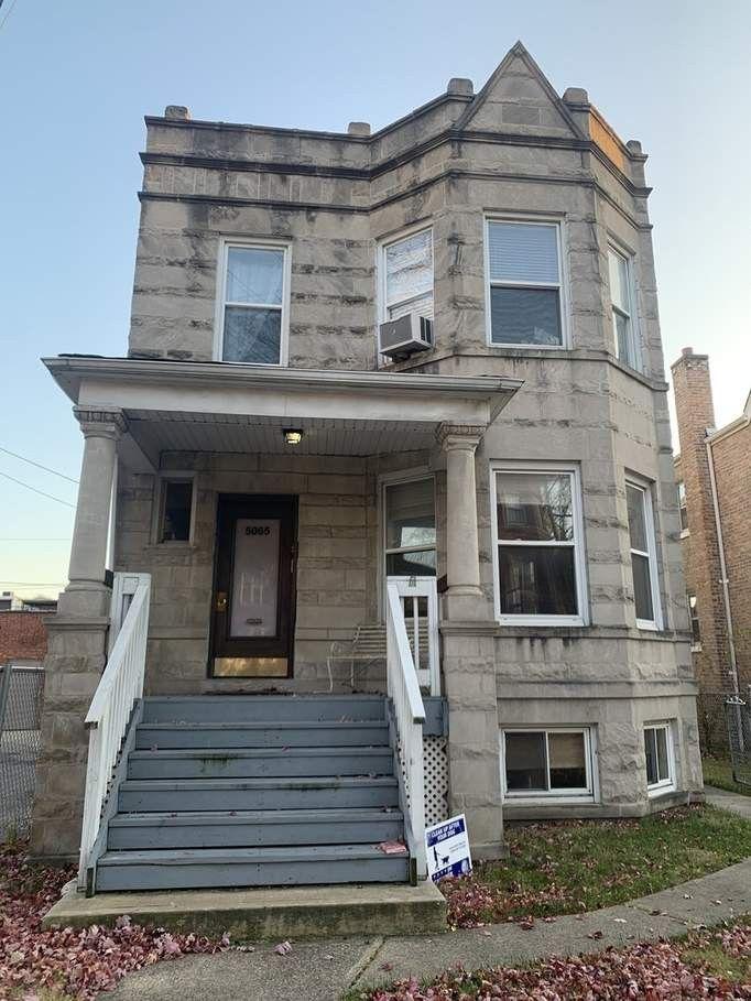 5065 W Pensacola Ave #1, Chicago, IL 60641 2 Bedroom ...