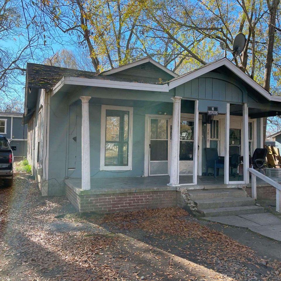 1010 South 3rd Street 1 2 1 Monroe La 71202 2 Bedroom Apartment For Rent For 395 Month Zumper