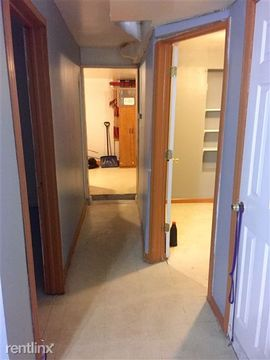 2048 W 18th Pl Frnt Basement Apartments for Rent in Lower