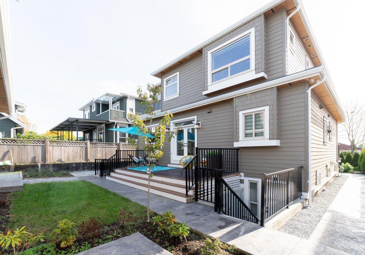 2 Bedroom 1 Bathroom Basement Apartment Apartments For Rent 3353 Parker Street Vancouver Bc V5k 2w1 Zumper