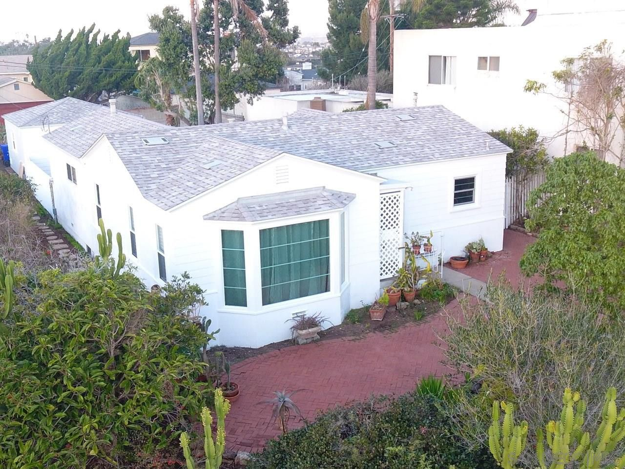 3476 Ullman St San Diego Ca 92106 3 Bedroom House For Rent For 4 950 Month Zumper